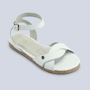 Sandalia-ideal-para-esos-dia-de-sol-color-blanco